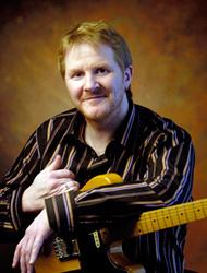 Andreas Jäger: Gitarre (Jazz/Pop/Rock), E-Gitarre, Band Coaching, Harmonielehre, Improvisation, Studienvorbereitende Ausbildung (SVA)