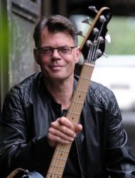 Grischka Zepf: E-Bass, Kontrabass, Band Coaching